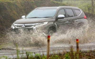 Aksesoris Mobil yang Berguna Saat Musim Hujan